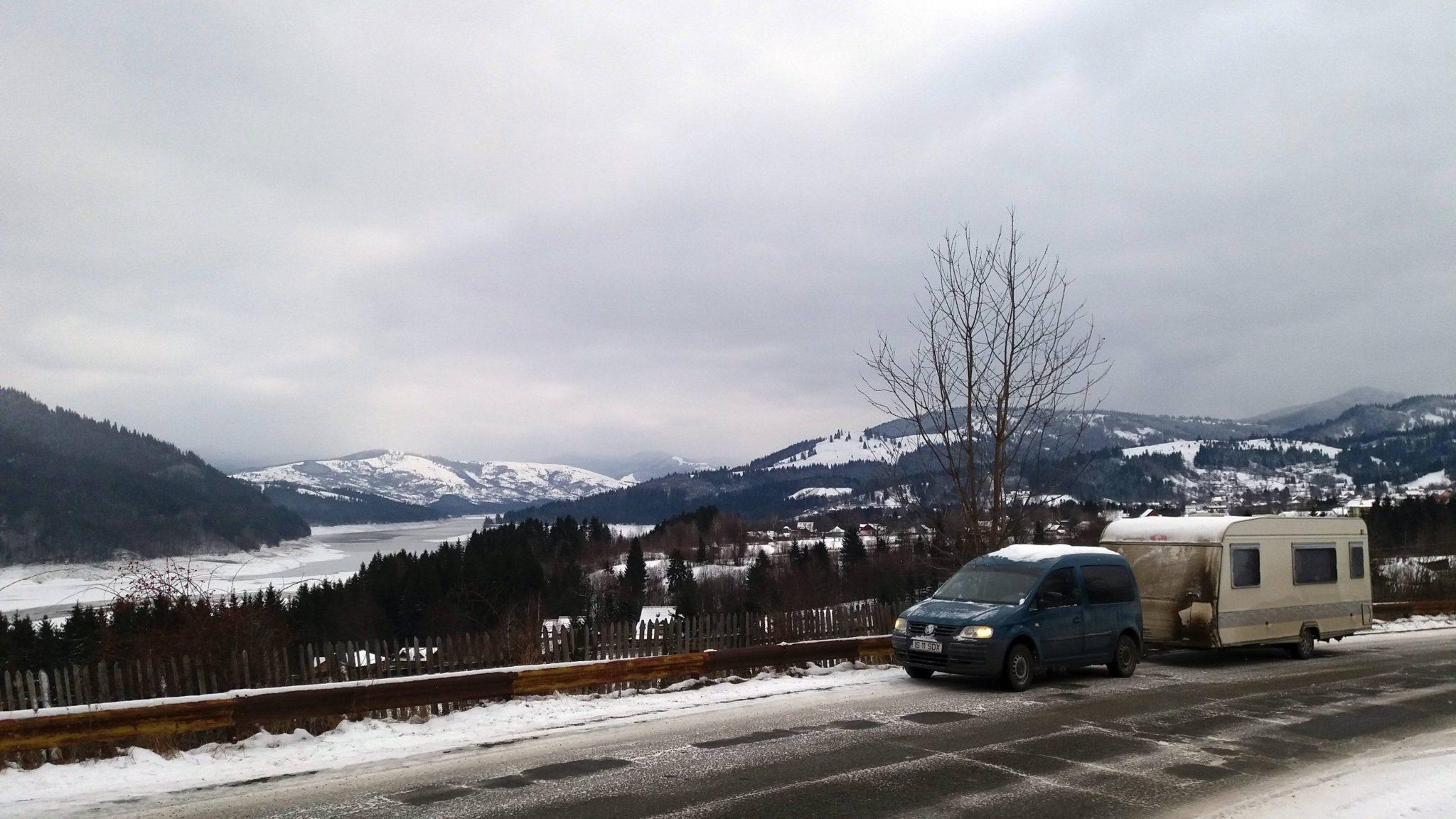 Vacanta iarna cu rulota, la Durau